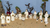 CRECHE COMPLETE ONILLON BLANC / OR 14 PIECES